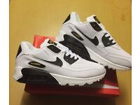 Brand New With Tags Men's Nike Airmax White/Black Size 8 £30