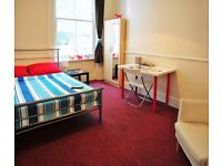 Double Bed in Rooms for rent in renovated 9-bedroom house in Maida Vale