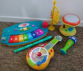 Music instruments/toys