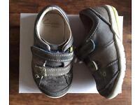 Boys Clarks Shoes - Size 4G