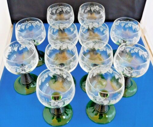 12 Luminarc FRANCE CORDIAL Glasses Green Beehive Stem Etched Grapes Leaves