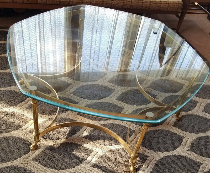 NJ PICKUP Vintage Labarge Hexagon Brass Coffee Table Hoof Foot Hollywood Regency