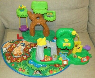 Fisher Price Little People ABC Alphabet Zoo Animal Tree House Mat Petting Sounds
