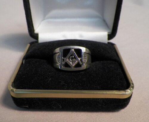 14K White Gold Masonic Compass Ring Mason 8.16 grams Size 9