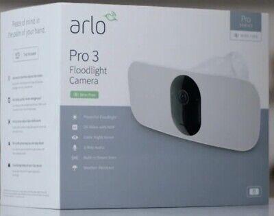 Arlo FB1001-100EUS Pro 3 Outdoor Wirefree Floodlight Camera - White