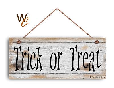 Halloween Trick Or Treat Door Sign (HALLOWEEN SIGN, Trick or Treat 6