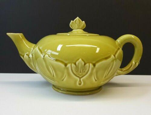 Steubenville Woodfield Tulip 32oz Teapot Chartreuse Green 1940