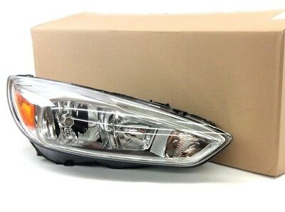 2015 - 2019 Ford Focus Front Side Halogen Headlamp LED day time running New (Ez Clip Front)