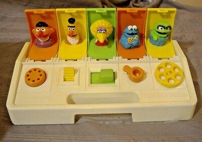Vintage 1985 Playskool Sesame Street Poppin Pals Pop-Up Jim Henson The Muppets