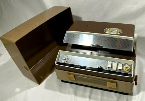 VINTAGE Anscomatic JN-276 Slide Projector 35MM w/ Cover and Remote (BULB WORKS!)