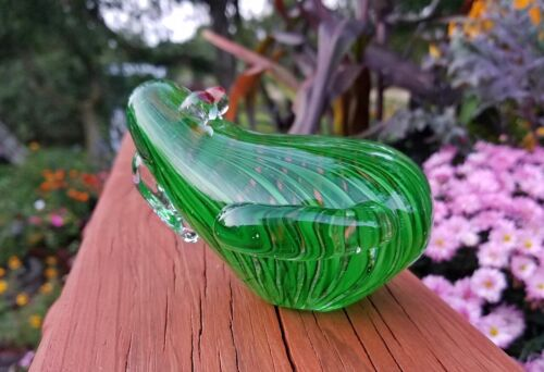 Heavy Marine Art Glass Green Frog Figurine / Paperweight