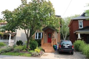 *Gorgeous 3 Bed House in Westboro for Oct 1st!