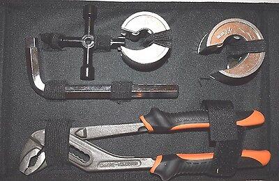 Pipe cutter set, plumbers tool kit