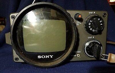 Vintage 1970's Sony Black & White Portable TV 511