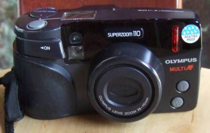 Olympus superzoom 110 film camera with 38-110 mm zoom lens EXC