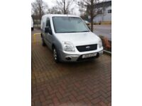 FORD TRANSIT CONNECT . .