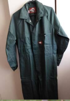 New - WELDA overalls - Dark Green - Size 6/90cmR