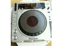 Pioneer cdj800 mrk 2 cdj 800 pair