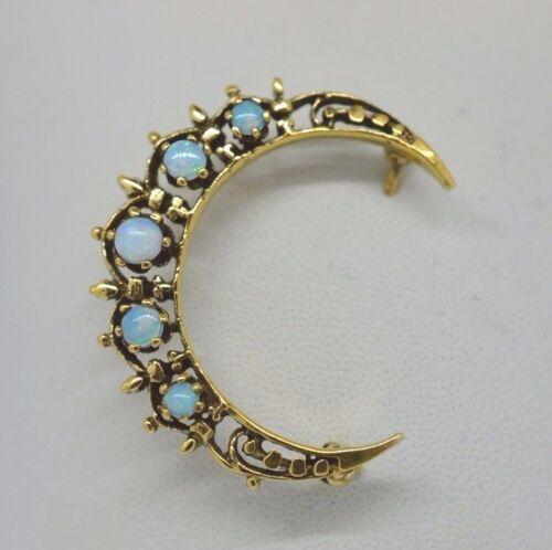 14k Yellow Gold and Natural Opal Crescent Moon Pin