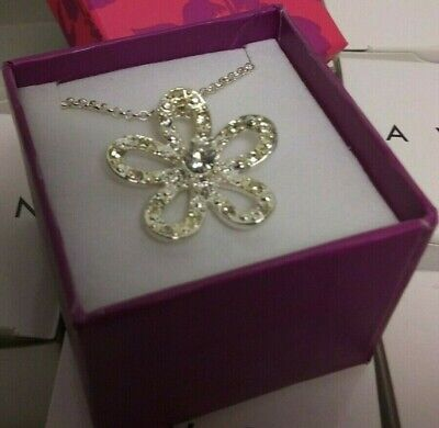 AVON SPARKLING FLOWER NECKLACE & PINK BOX GORGEOUS GIFT