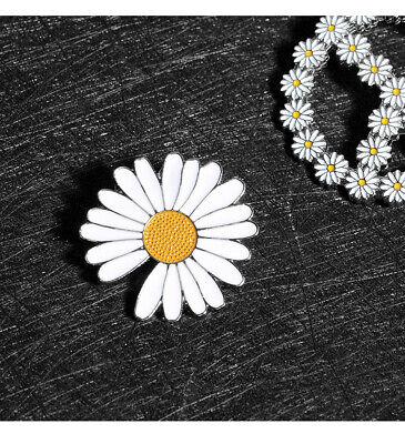 Pure Vintage White Petal Flower Enamel Brooch Lapel Bag Pins Badge Lovely Gifts Flower Petal Gift Bags