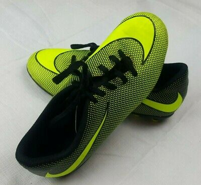 Nike Kids Boys Girls 844442-070 Neon Green/Black Phantom Soccer Cleats 4Y Youth