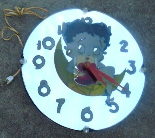 wonderfull Betty Boop electric moon wall clock