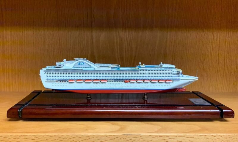 Crown Princess Ocean Liner Cruise Ship Model Museum Quality -Flawed Base & Cover
