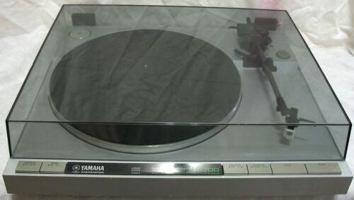 Yamaha P-700 Quartz Direct Drive Turntable,Audio Technica Cartridge,XLNT