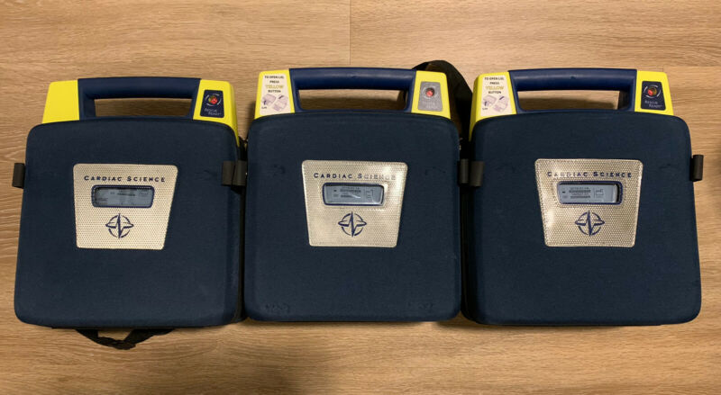 *EXCELLENT* Cardiac Science Powerheart G3 AED Automatic w/ Battery, Pads & Case