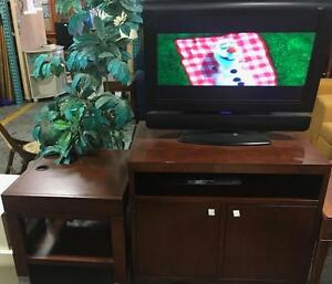 CANADIAN MADE SOLID WOOD TV STANDS AND WALL UNITS ON SALE FROM 5 STARS HOTEL@SOURCE LIQUIDATIONS, DIXIE/401 FLEA MARKET!