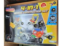 4-in-1 vehicle construction set - FREE