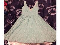 Stunning green lace dress Quiz new size 10 / 12