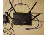 Router Asus RT-AC1200 Dual band .