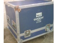 flight case ,...great for cables / amps or bodies