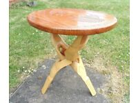 (#374) unusual wooden folding table (Pick up only, Dy4 area)