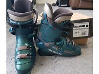 Ski Boots - Salomon Evolution2 8.0 - Mens size 9.5 - 10
