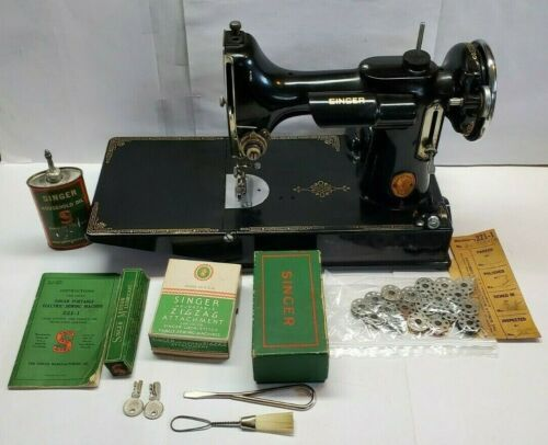 Vintage 1936 Singer 221-1 Featherweight Sewing Machine Case Lots of Accessories!