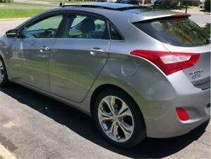 ELANTRA GT 2013 SE TECH GPS CUIR TOIT PANO PUSH BUTTON CAMERA