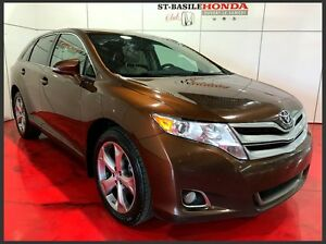 Toyota Venza V6 + AWD + MAGS 2014
