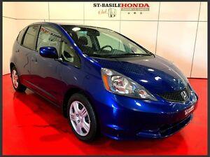 Honda FIT LX + A/C + BLUETOOTH 2014