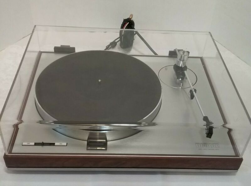 LUXMAN ULTIMATE STEREO COMPONENT TURNTABLE--PD 121 W ORIGINAL BOX-SEE