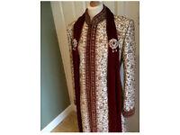 Indian Grooms wedding outfit sherwani