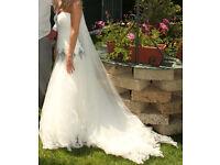 Jenny Packham Diamond Wedding Dress - Size 8