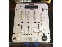 DJ Mixer / Gemini PS676i