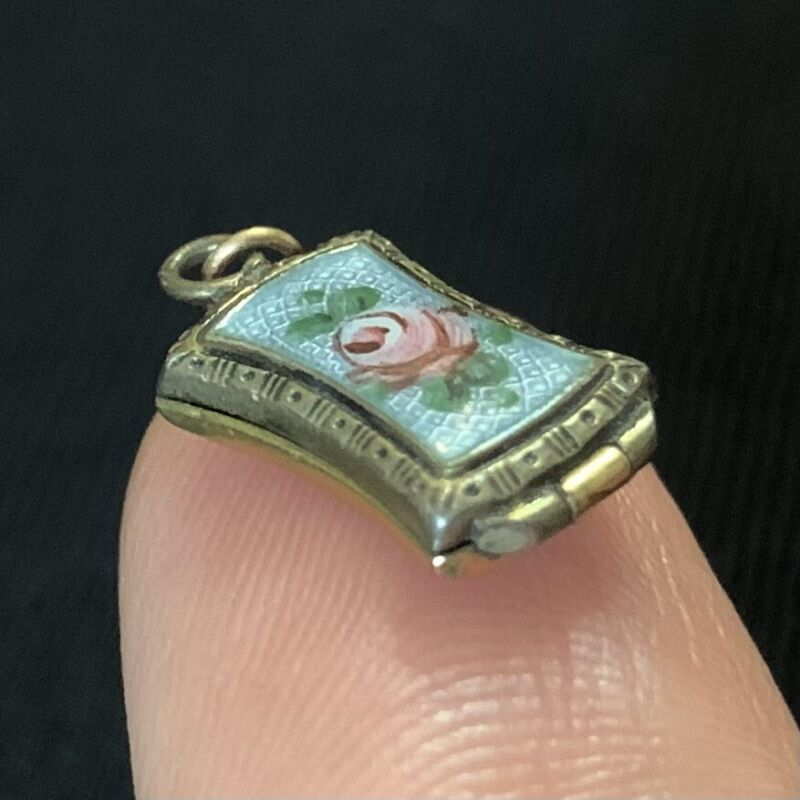 Vtg Victorian Powder Blue Guilloche Glass Rose Hinged Locket For Necklace Charm
