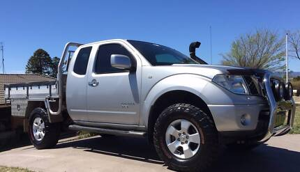 Nissan Navara STX 4x4 Immaculate-Lots of Extras-Regretful Sale