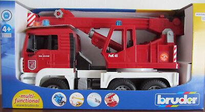 Lkw-kran (Bruder 02770 - MAN Feuerwehr Kran-LKW mit Light & Sound Modul)