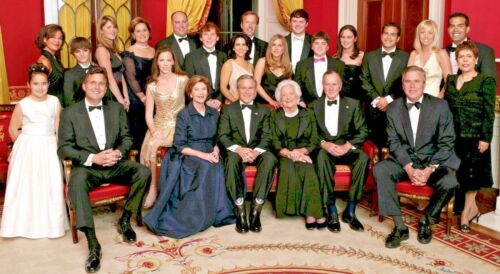 Photo of George W. Bush and Family - Barbara Bush - Large Glossy 10 1/2 x 19