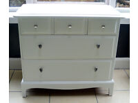 Stag Minstrel Chest of Drawers Ex con Painted White Cotton